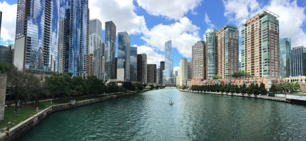 chicago-downtown-river